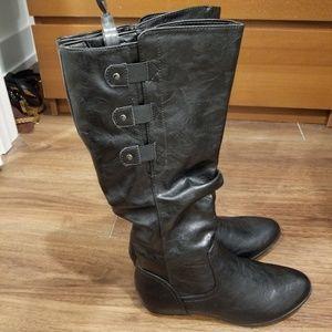 Felisa leather almond toe knee boots